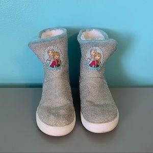 Disney Frozen fuzzy Boots